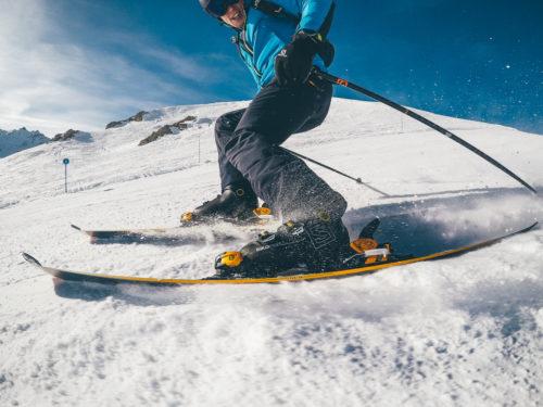 Buty narciarskie – jak powstają?